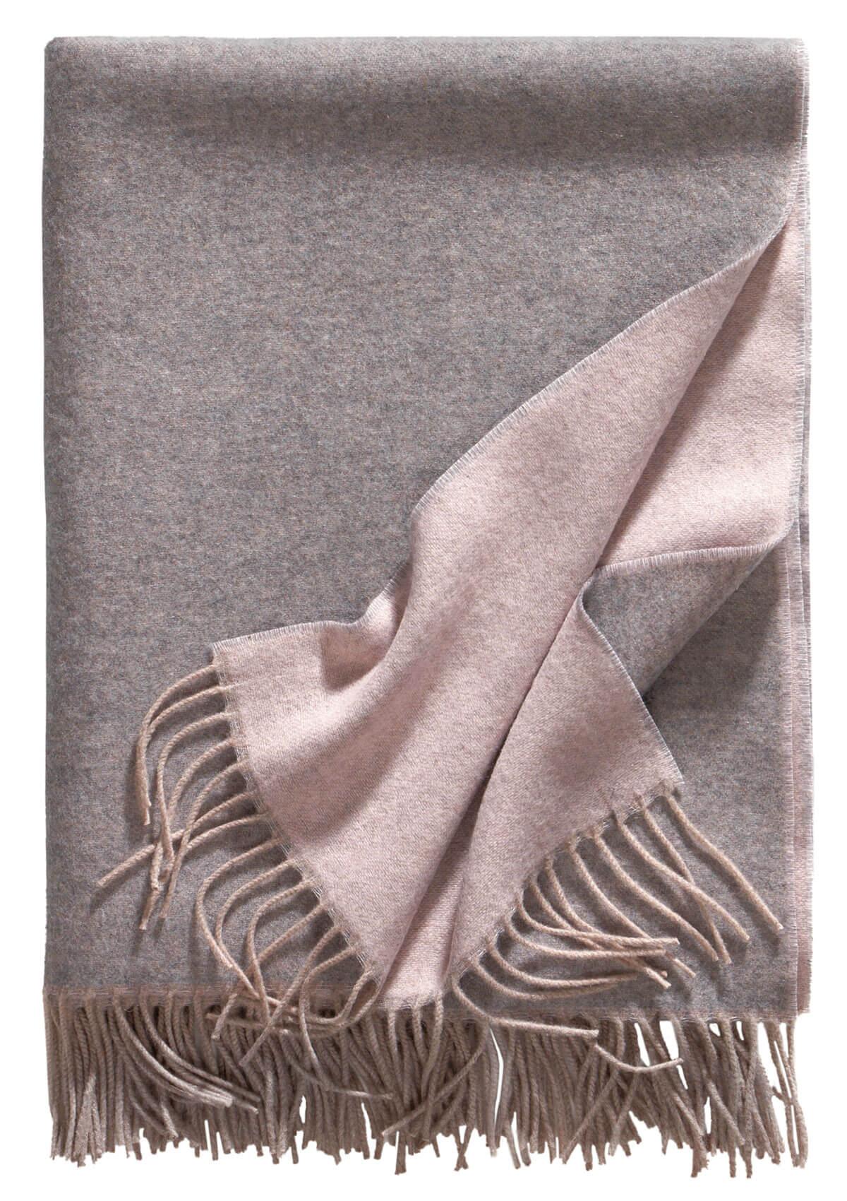 Bild von Alassio_rosa_silber_soft_cashmere_decke_100, Variante grau-rosa